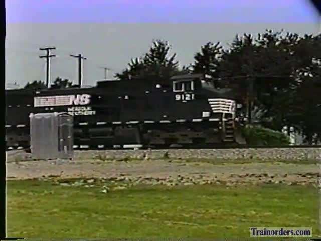 Norfolk Southern At Fostoria, Ohio Aug.28,1999.