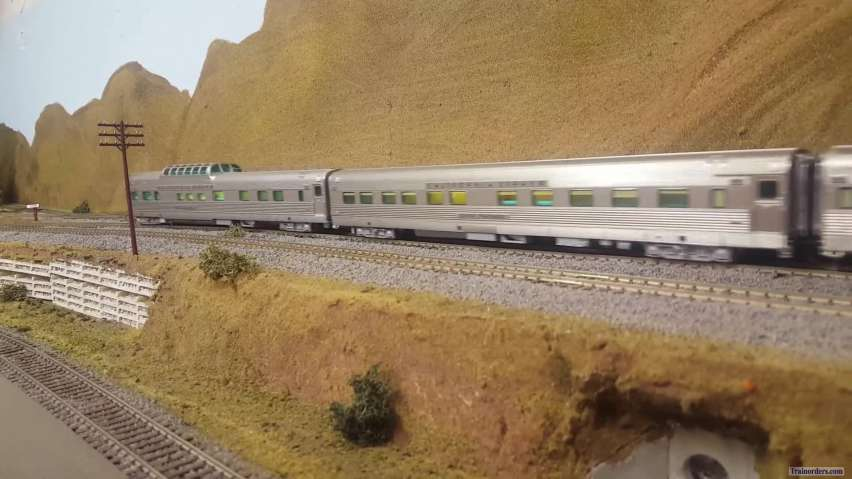 CA Zephyr detouring on the SP with cab forward help