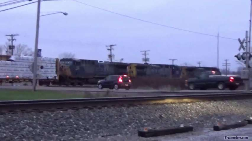 Very Rare For 2018 = 3 CSX YN2 Units Together