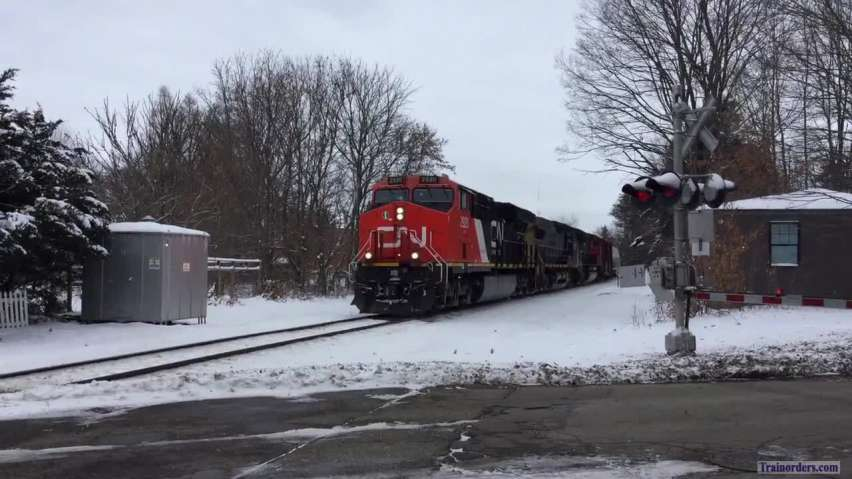 11/28/18 A hot Freight on a cold day in Michigan!
