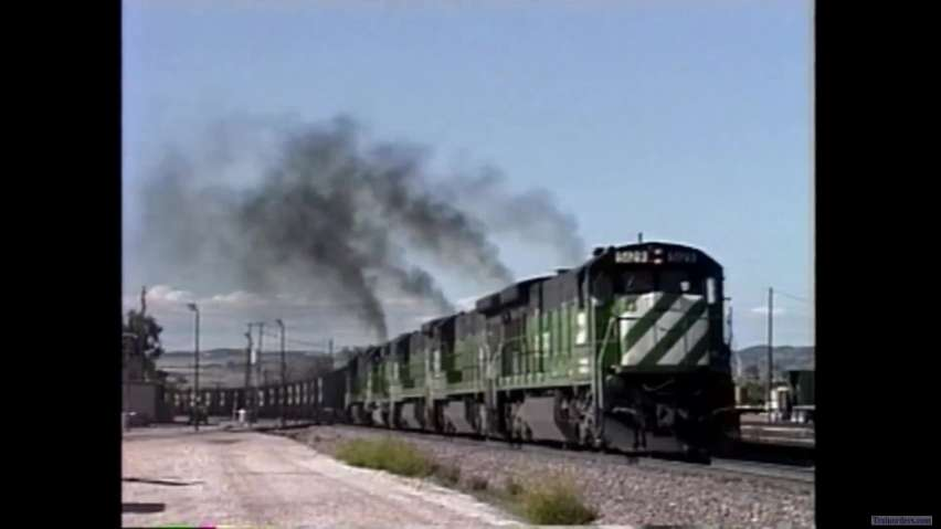 The sight and sounds of GE C30-7's throttling out
