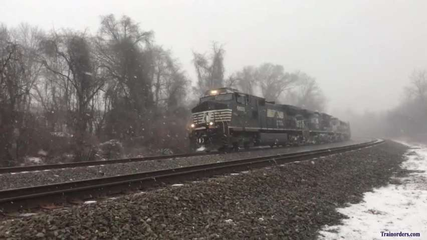 NS 38G, east at Perkiomen Junction as a snow squall hits