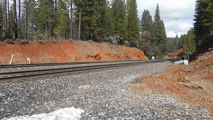 UP 6367 Ex SP leads a Empty Grainer up Donner Pass!!!