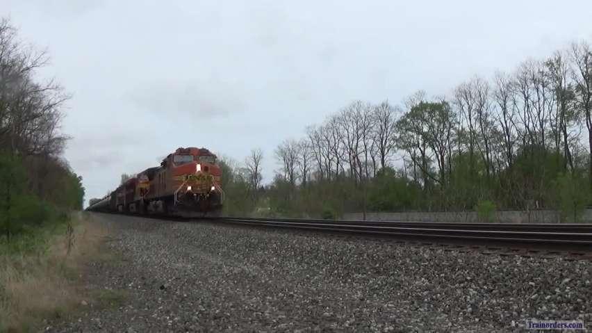 218 Cars / 908 Axles!!! BNSF, KCS, BNSF + 3 BNSF DPU - Madison OH