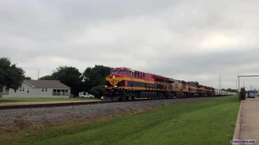 KCS 5021 Ash Grove cement train