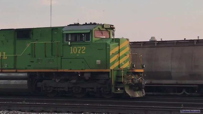NS 1072 Illinois Terminal Leaving Gest St Yard At Sunset