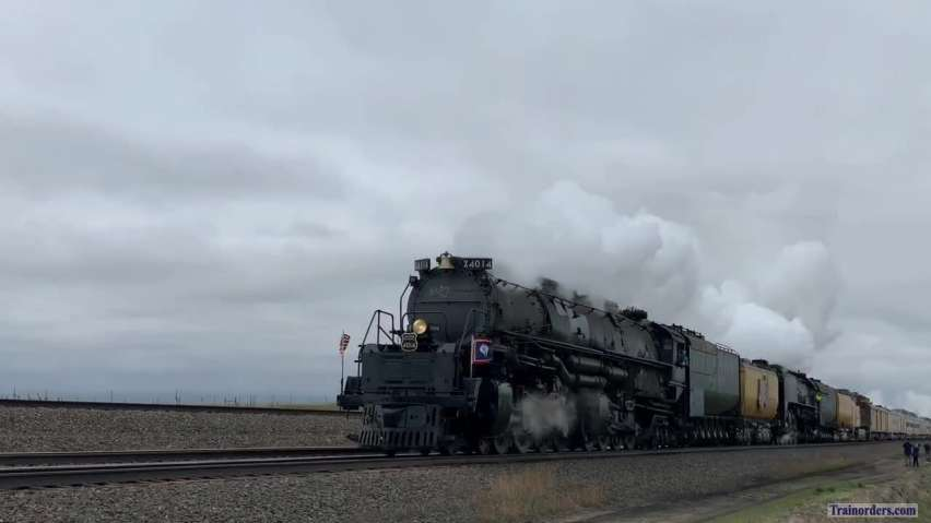 4014 Triumphantly Returns To Cheyenne