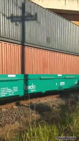 Rumo double stack train - video (Brazil)