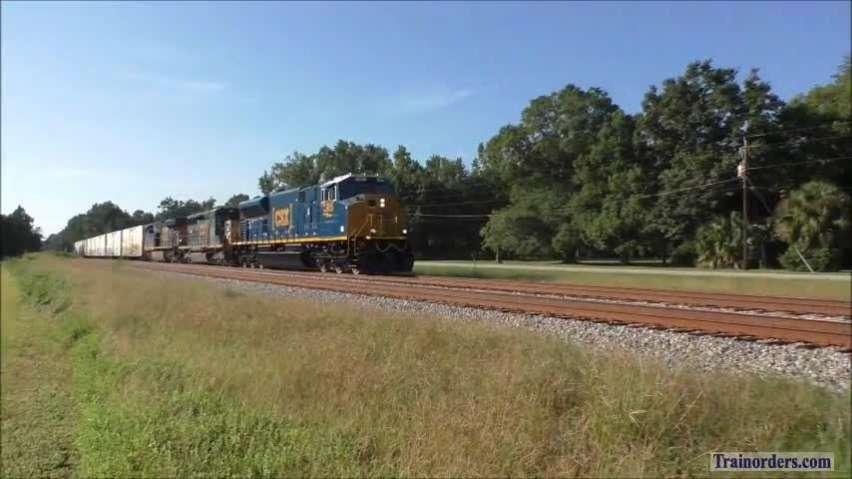 CSX Q455 with new SD70Ace-T4 and Amtrak 97 with new Bag-Dorms