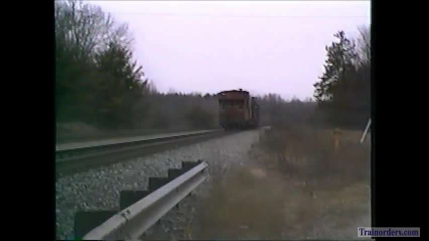CSX Local with RF&P caboose meets Auto Tain