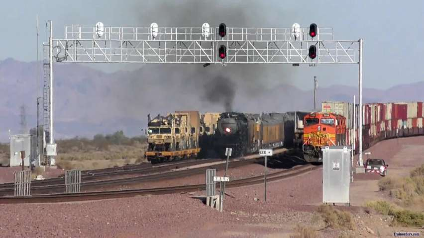 UP 4014 Shoving to Yermo (Entire Consist Shown)