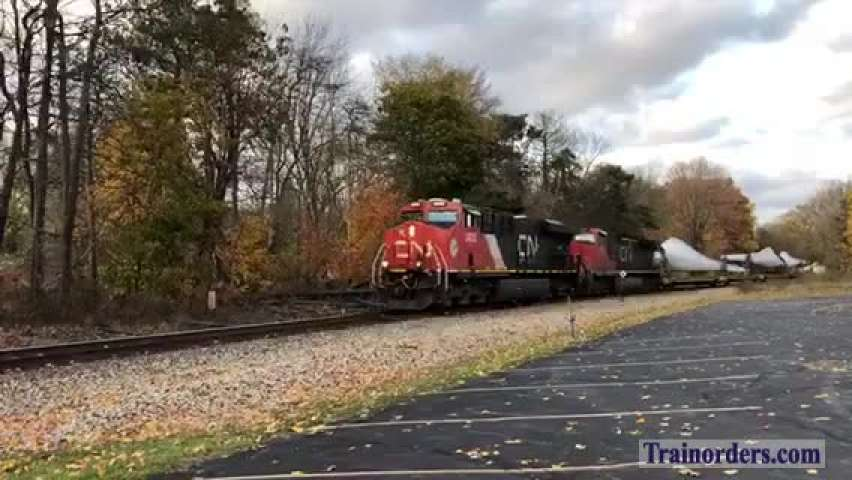 11/5/19 CN Turbine Blade Train X319 at Charlotte, Michigan