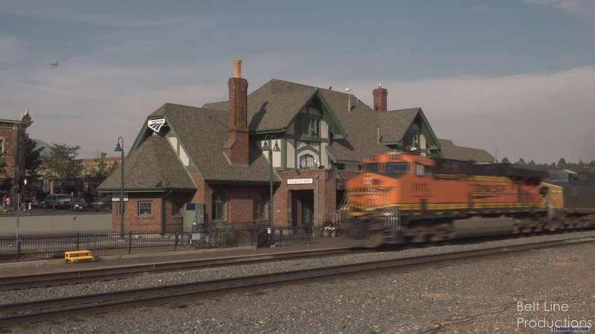 BNSF - Railfanning in Downtown Flagstaff, AZ