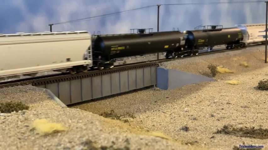 An HO scale version of an actual BNSF train filmed in Washington