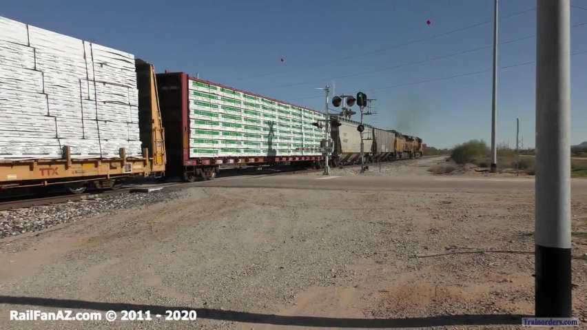 3 Trains and Loram on the UP Gila Sub - 2020.01.18