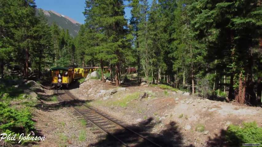 GLrr = Locomotives #130 & #140