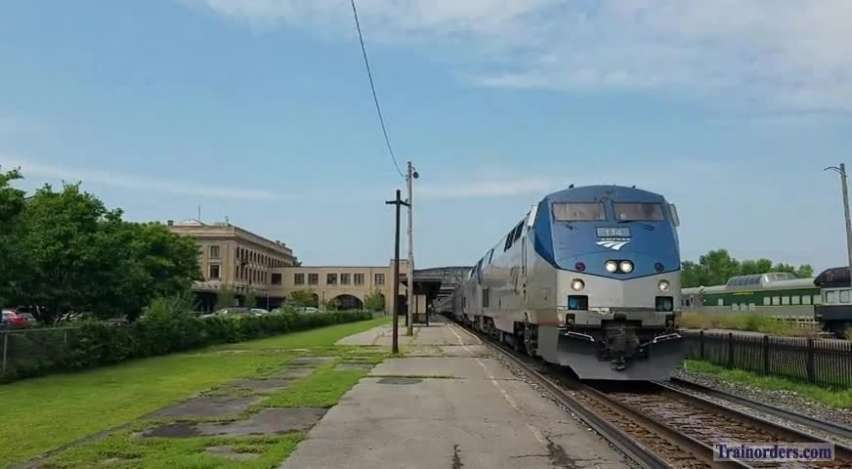 48/448 arriving and departing Utica August 10