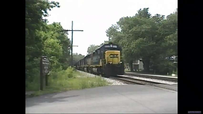 Two CSX export coal trains at Point of Rocks in 1995.