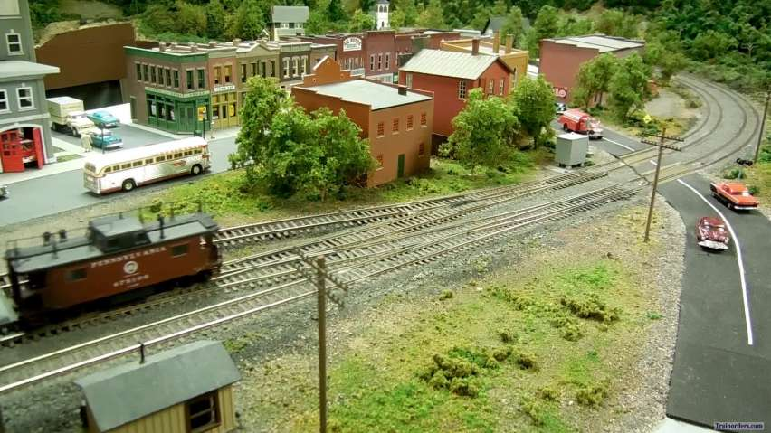 More covid-19 model railroading