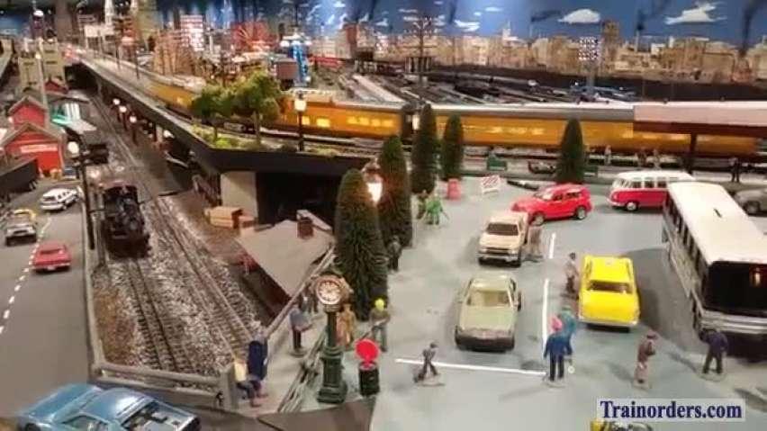 Lionel Greyhound UP #844 pulling Excursion Passenger Train