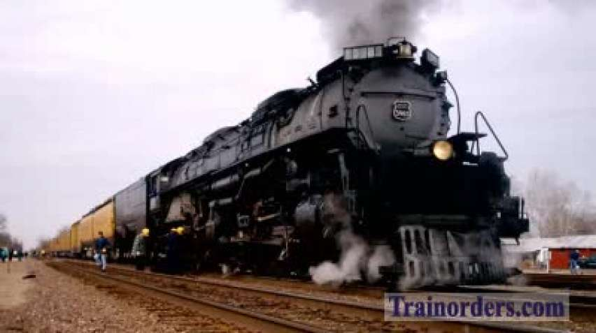 Audio: Union Pacific 3985 Opens Up