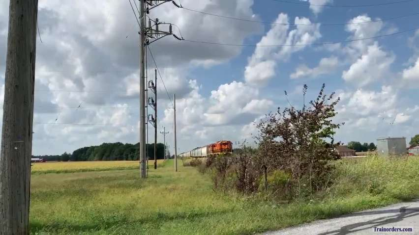 Long hood forward on jointed rail.