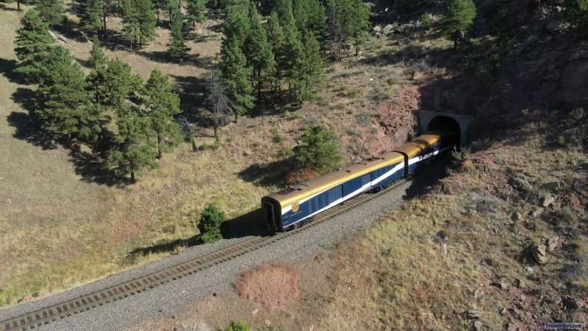 Rocky Mountaineer passed Housing Construction 6 Oct 2021